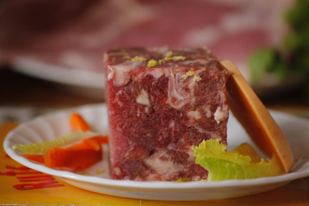 Ground Beef chicken Raw Dog Food Menu – Nutrition & Balanced Diet Ground Beef 1024x682