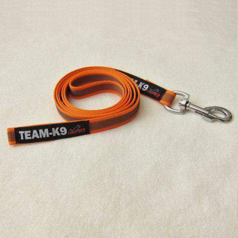 dog leash, dog leashes, orange dog leash, dog training, quality dog leash, IPO, TEAM-K9, textil wide rubber, mississauga, ontario, oakville, brampton, toronto, GTA